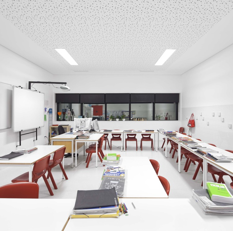 Architecture Design For Virtual Classroom ~ Colegio s miguel de nevogilde ava architects