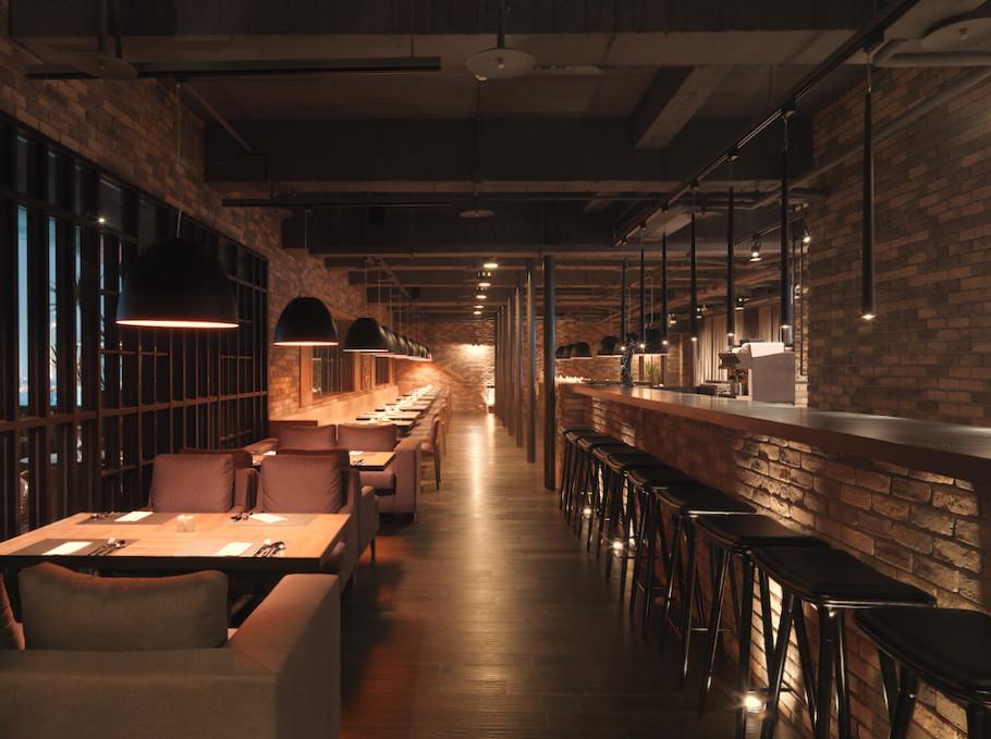 Gallery of hotel dua koan design 21 for Disenos de bares rusticos