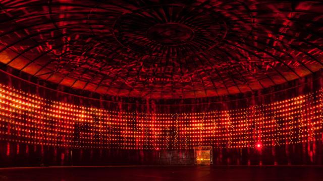 Iluminación artística en movimiento: Silo 468 / Lighting Design Collective, © vía LDC