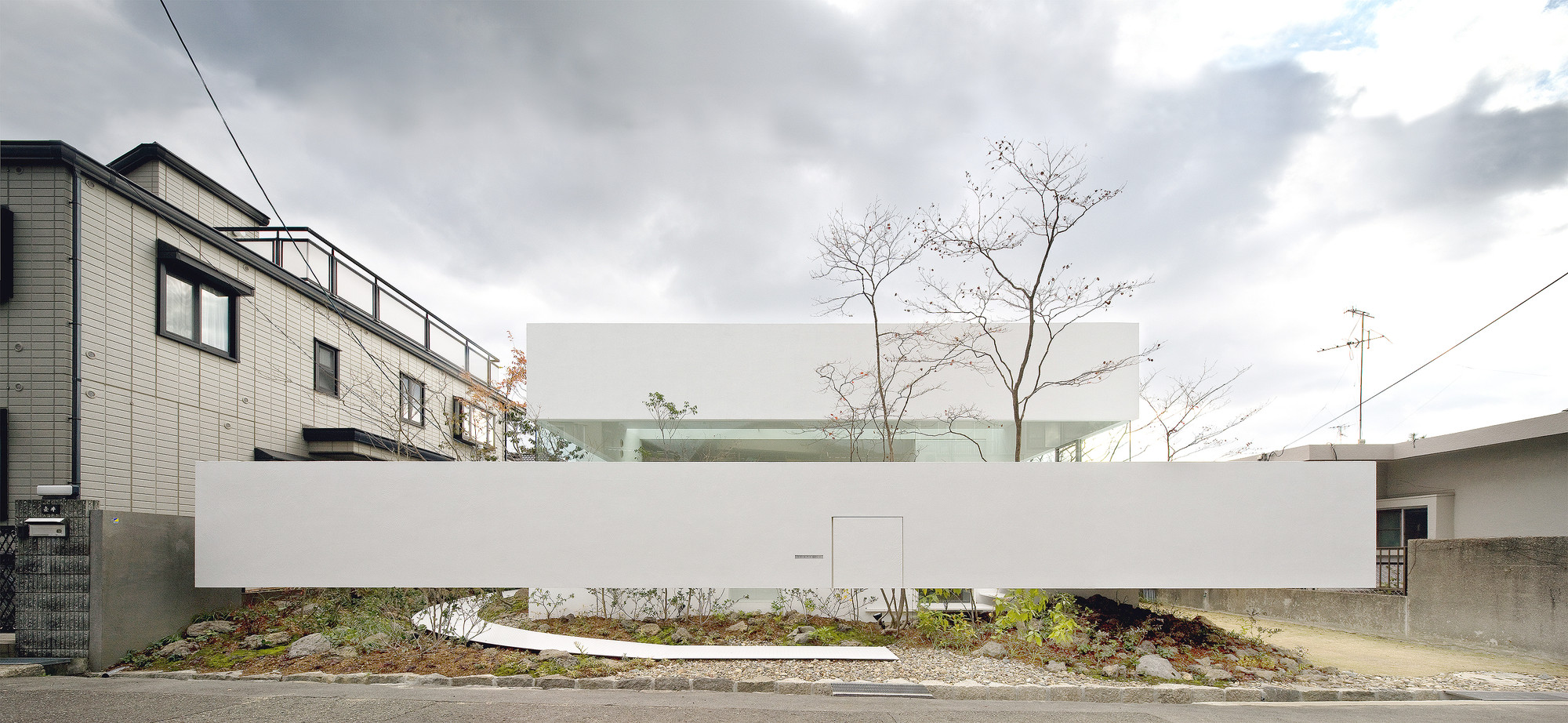 Galer a de atelier bisque doll uid architects 3 for De atelier architects