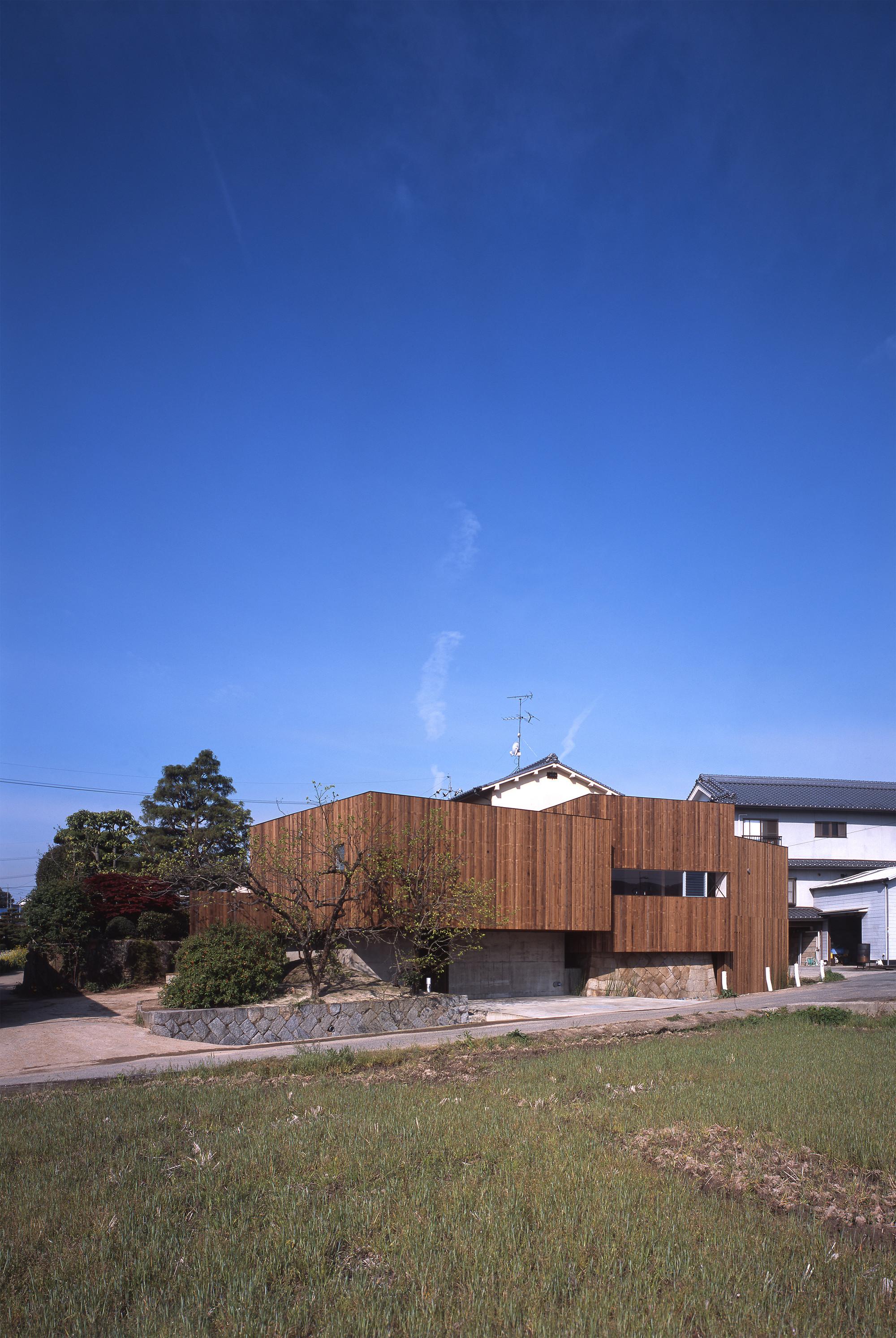 Rustic House / UID Architects, © Hiroshi Ueda