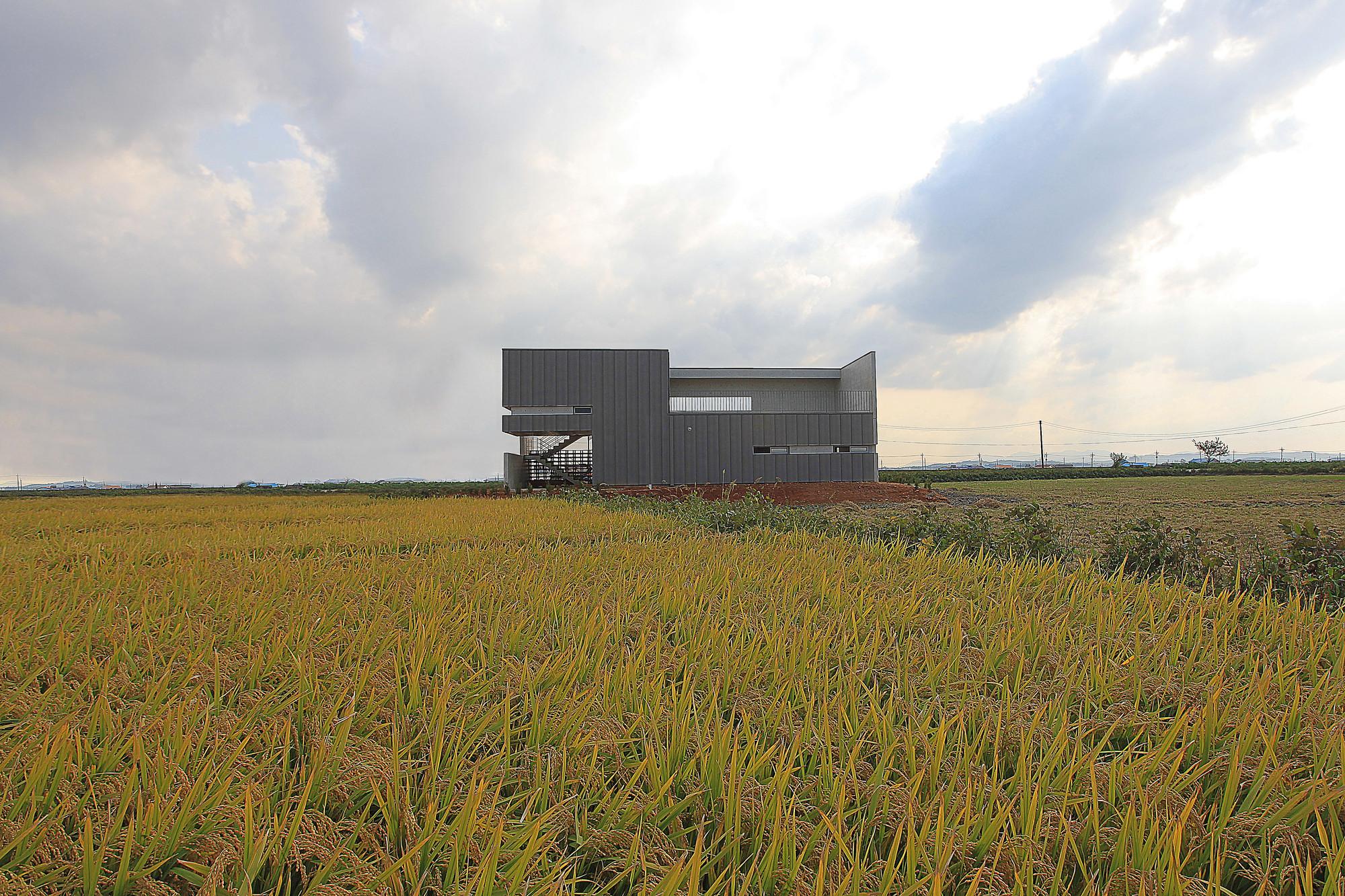 Bujang-li House / Oh Jongsang