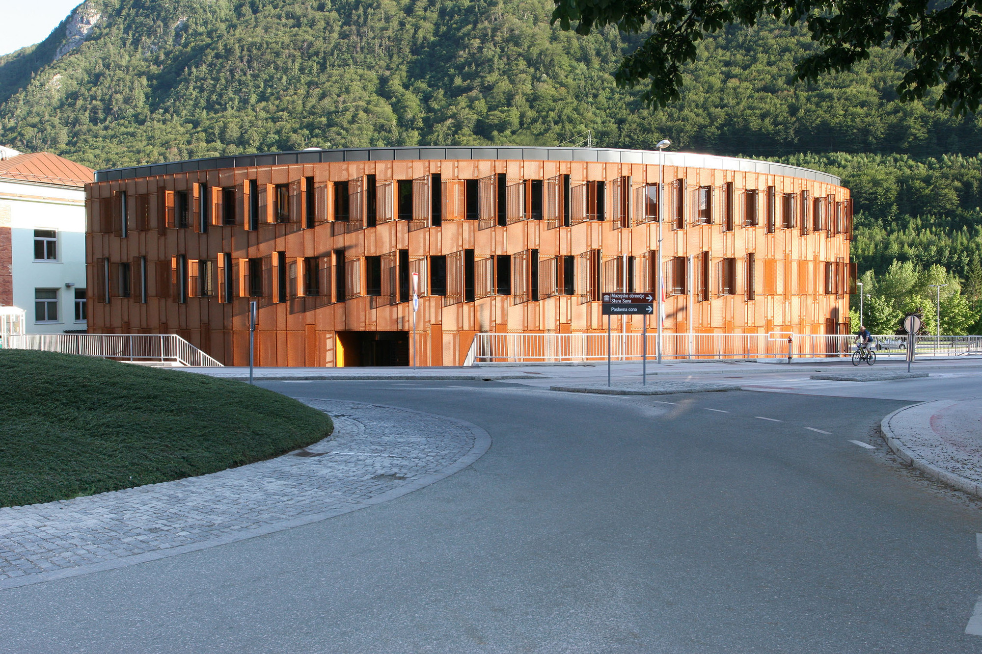 Administrative Center Jesenice / Studio Kalamar, Courtesy of Studio Kalamar