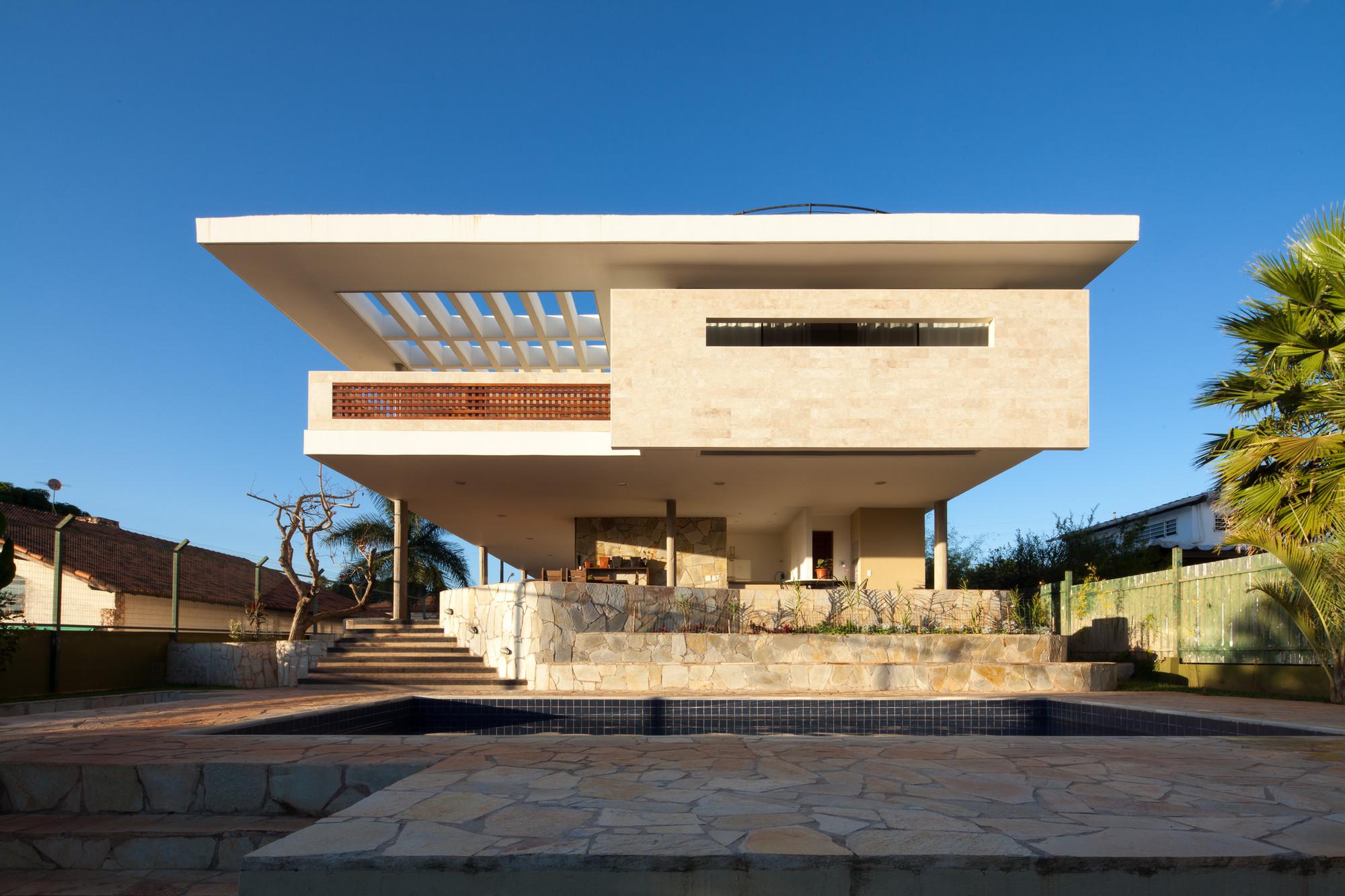 JPGN House / Macedo, Gomes & Sobreira, © Joana França