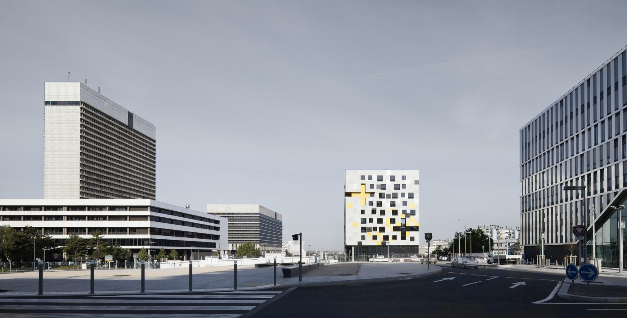 gallery of apartment blocks in nanterre x tu 2. Black Bedroom Furniture Sets. Home Design Ideas