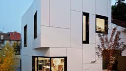 Casa A+A / DVA Arhitekta