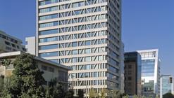 Manantiales Building / Izquierdo Lehmann Arquitectos