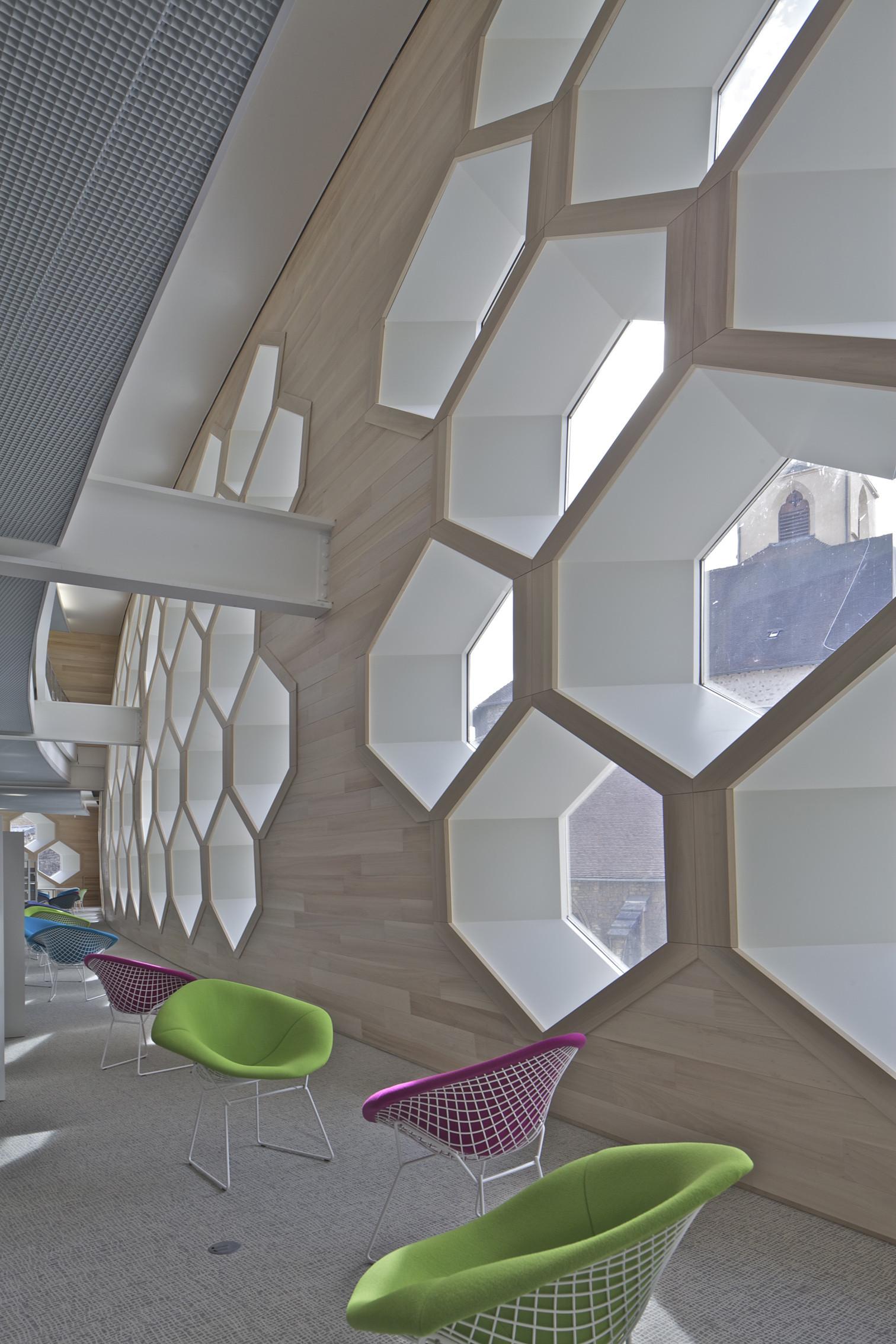 galer a de lons le saunier mediatheque du besset lyon architectes 12. Black Bedroom Furniture Sets. Home Design Ideas