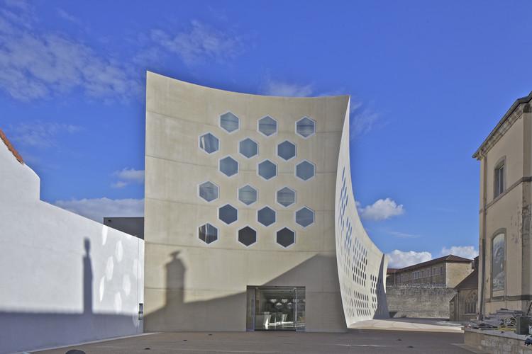 Lons le Saunier Mediatheque / du Besset-Lyon Architectes, © Philippe Ruault
