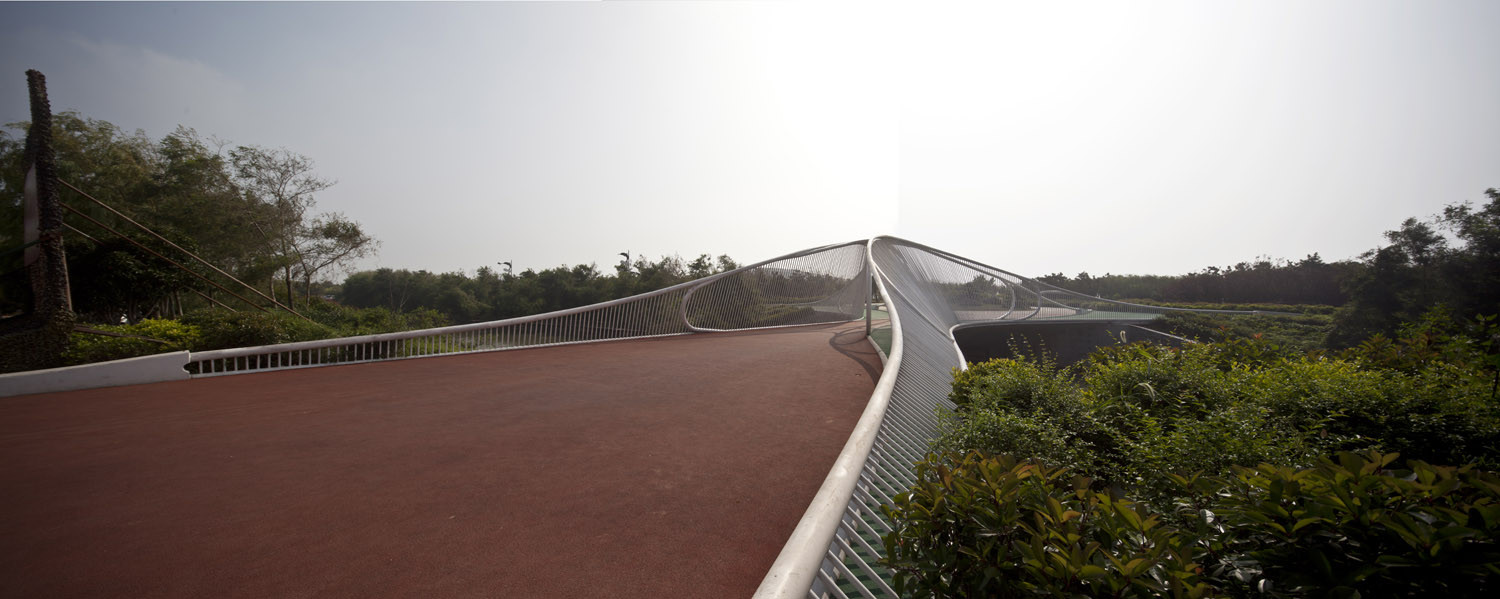 Pedestrian Bridge / HHD_FUN Architects, © Zhenfei Wang