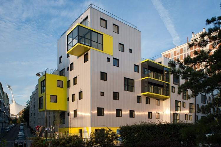 60 viviendas sociales y biblioteca de distrito - OP13 / PHD Architectes, © Simon Deprez