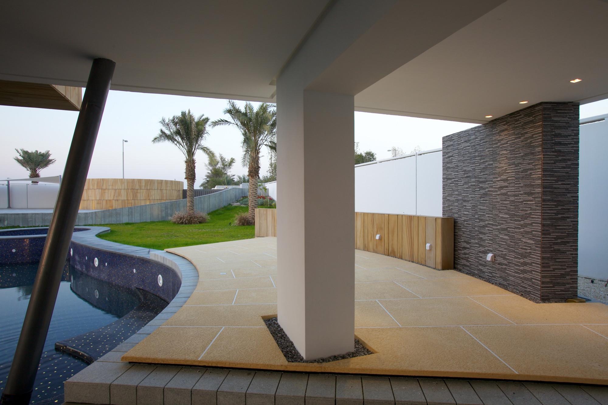 Bahrain House / MORIQ