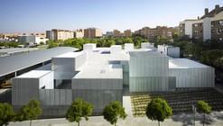 Municipal Healthcare Centres San Blas + Usera + Villaverde / Estudio Entresitio