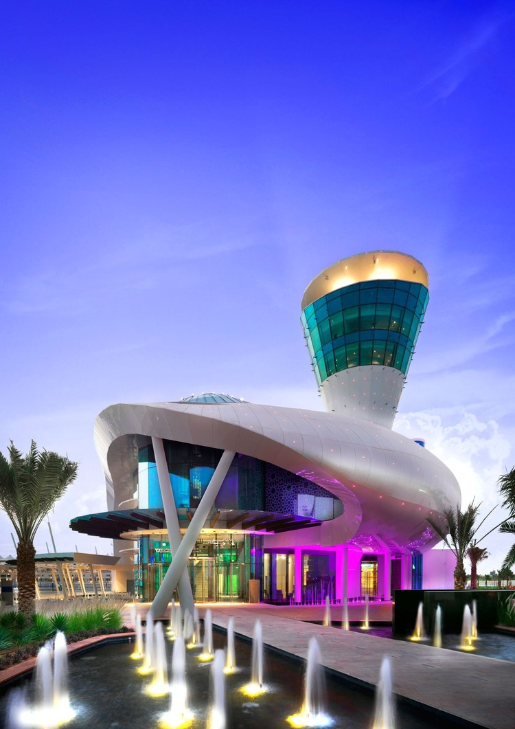 Yas Island Yacht Club / Omiros One Architecture, Cortesía de Omiros One Architecture