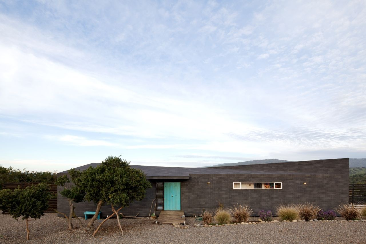 Casa Maitencillo / Mas y Fernández Arquitectos Asociados