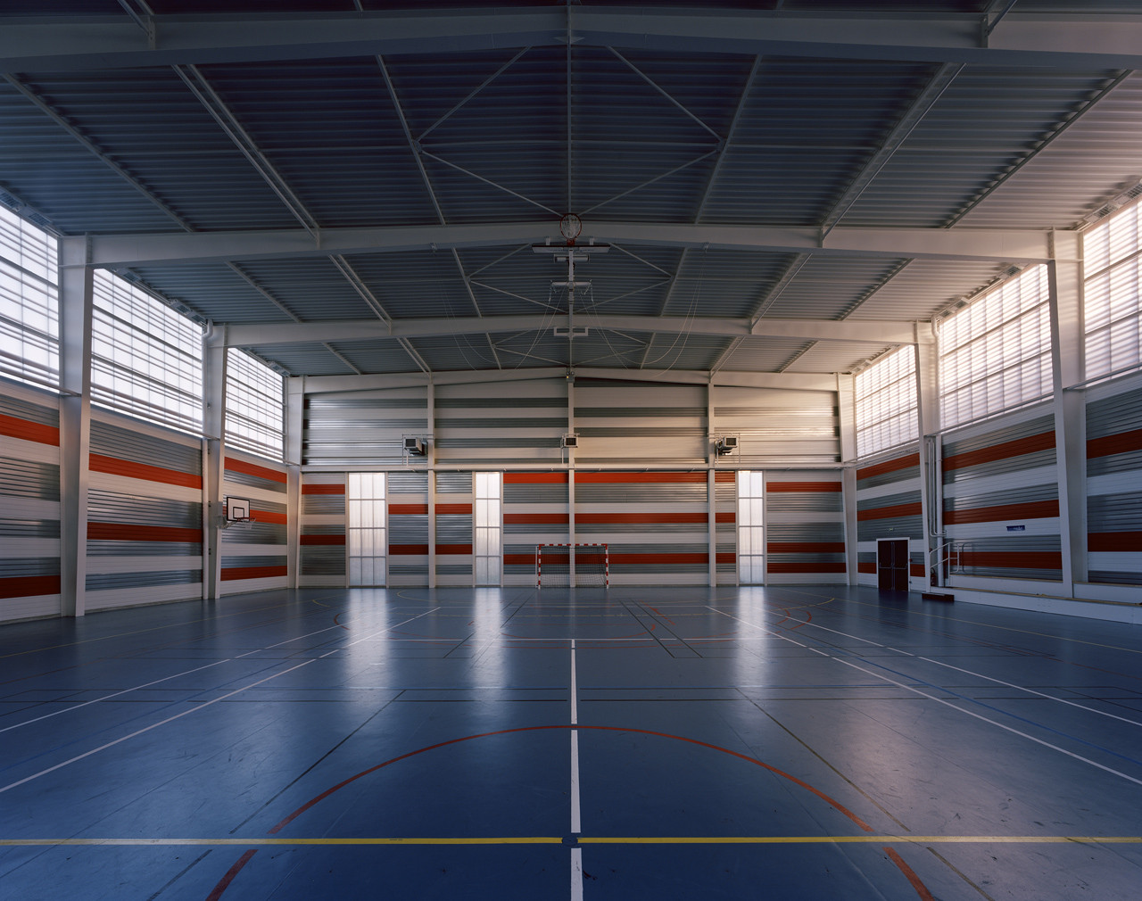 Galer a de gimnasio universitario en villetaneusen for Gimnasio 1 de mayo