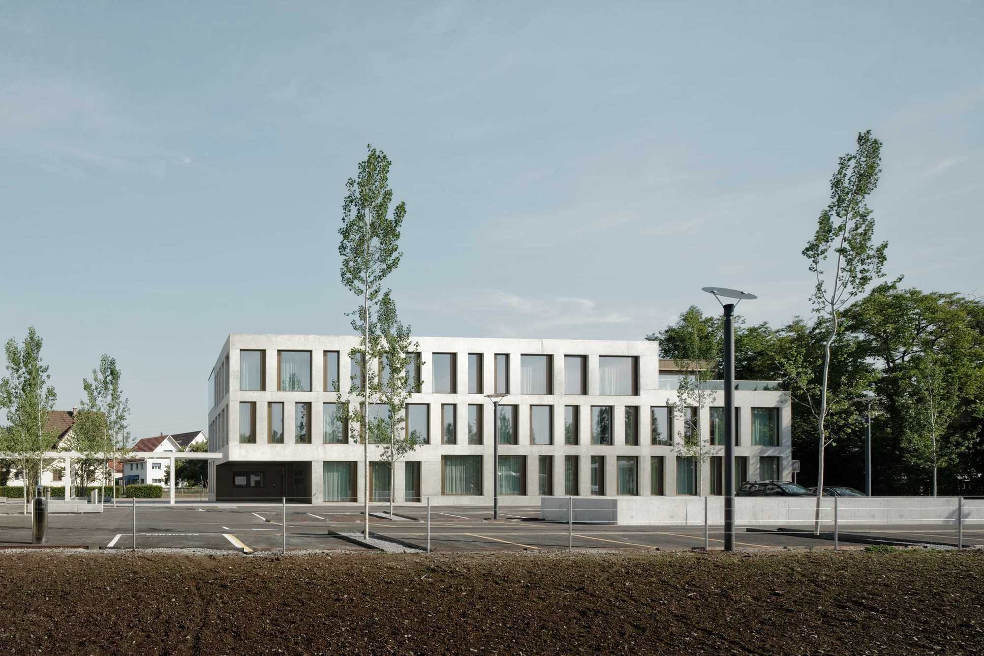 gallery of regensdorf community center phalt architekten 1. Black Bedroom Furniture Sets. Home Design Ideas