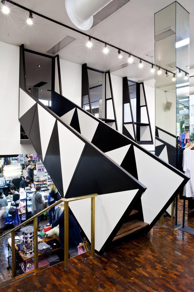 American Apparel Showroom, Ramiro Chaves
