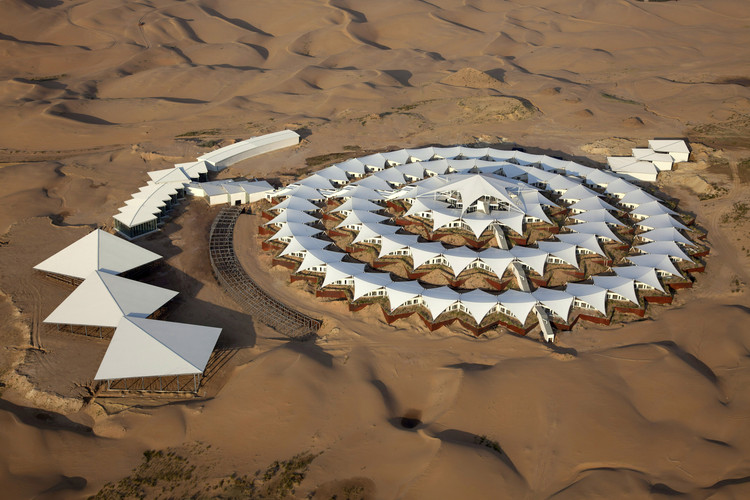 Xiangshawan Desert Lotus Hotel / PLaT Architects, Courtesy of PLaT Architects