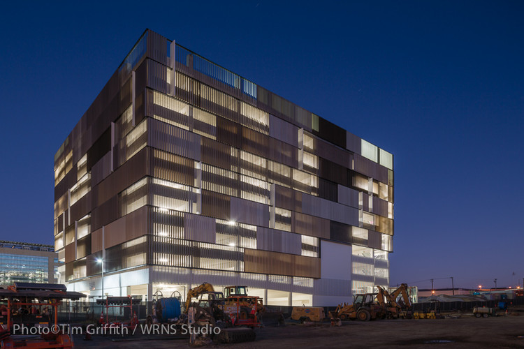 UCSF Mission Bay Parking Structure / WRNS Studio | ArchDaily