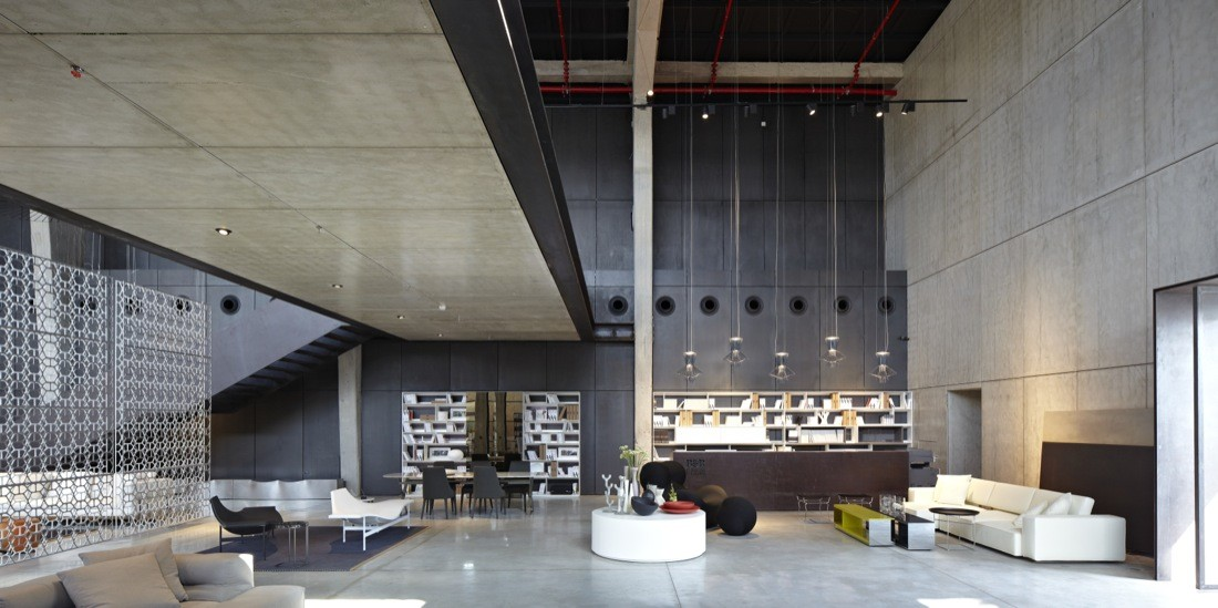 The Shell and its Contents – Italia B&B Showroom / Pitsou Kedem Architects