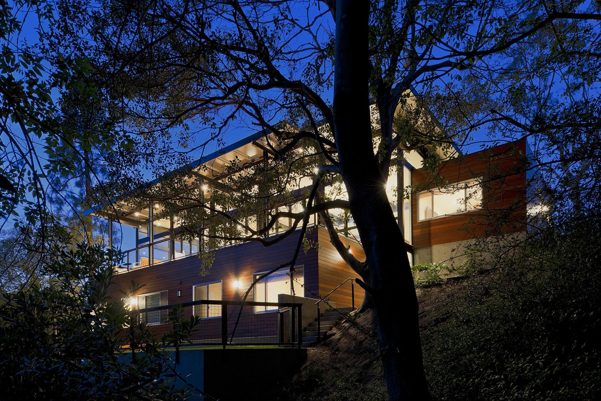 Broom Way Residence / Nonzero\Architecture, © Juergen Nogai