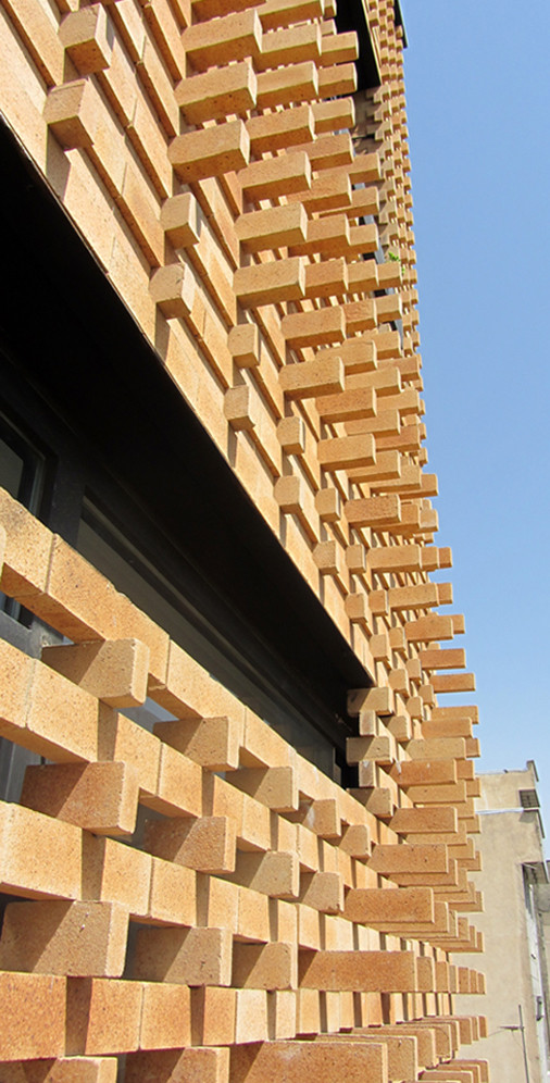 Gallery of brick pattern house alireza mashhadmirza 4 for Brick house design blog