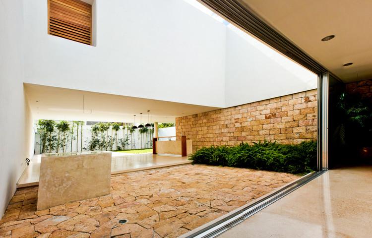 Montebello 332 / Jorge Bolio Arquitectura, © David Cervera Castro