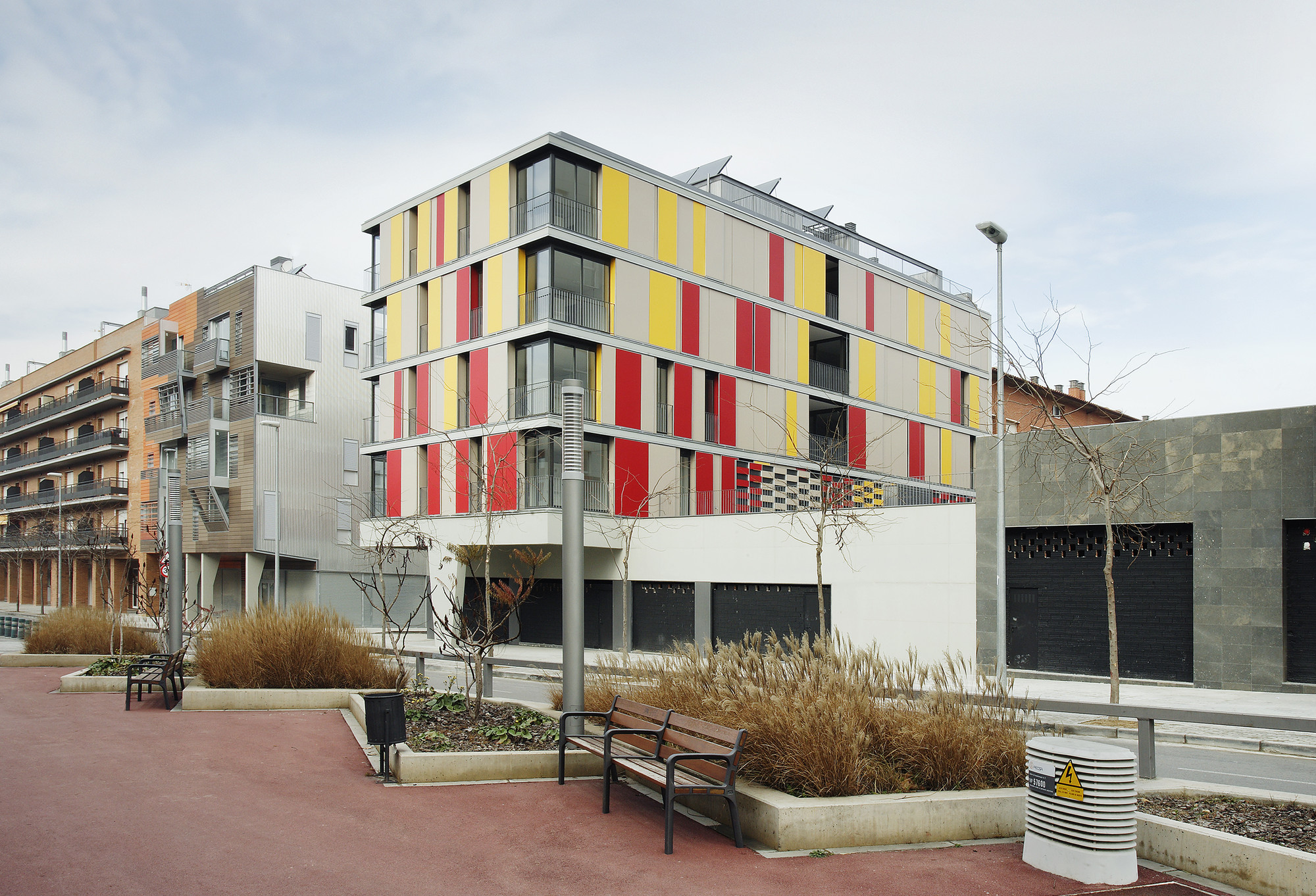 16 Social Housing For Granollers Town Hall / ONL Arquitectura, © José Hevia