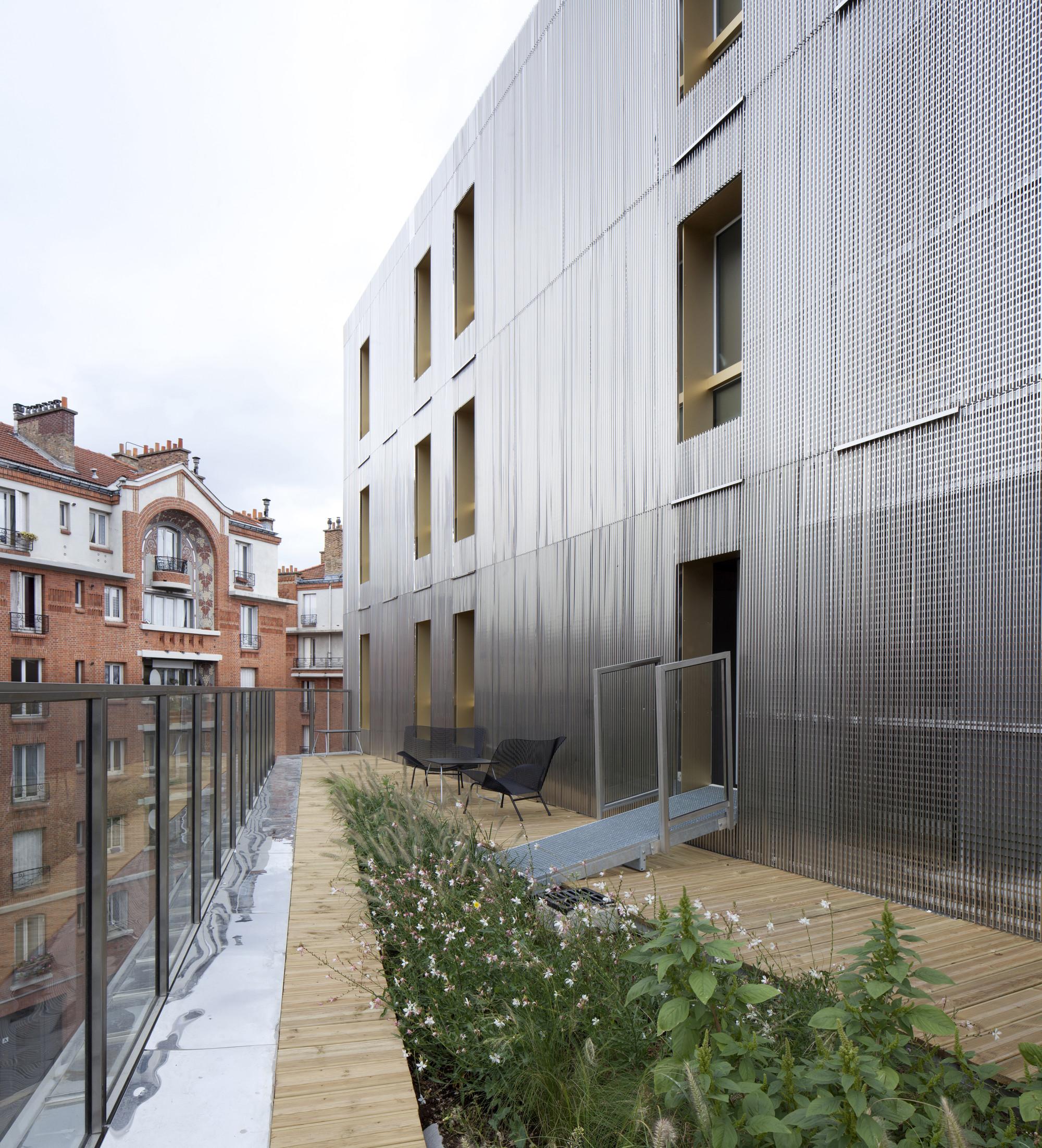 Irene Joliot Curie Residences / DATA [Architectes]