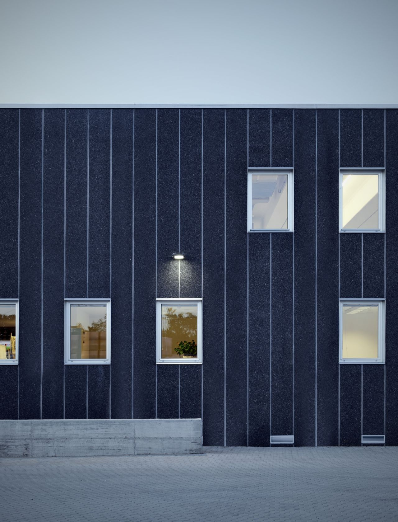Materiale Edili Garavaglia / Buratti+Battiston Architects