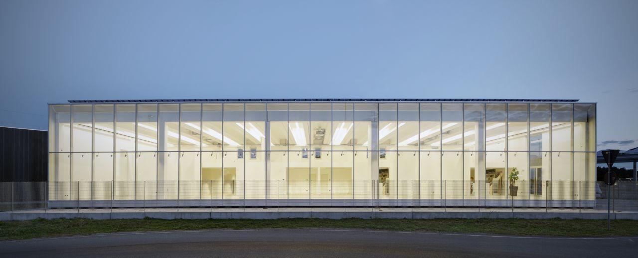 Materiale Edili Garavaglia / Buratti+Battiston Architects, © Marcello Mariana