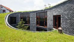 Casa de Piedra / Vo Trong Nghia Architects