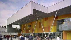 Escola St. Thomas the Apostle / Griffin Enright Architects