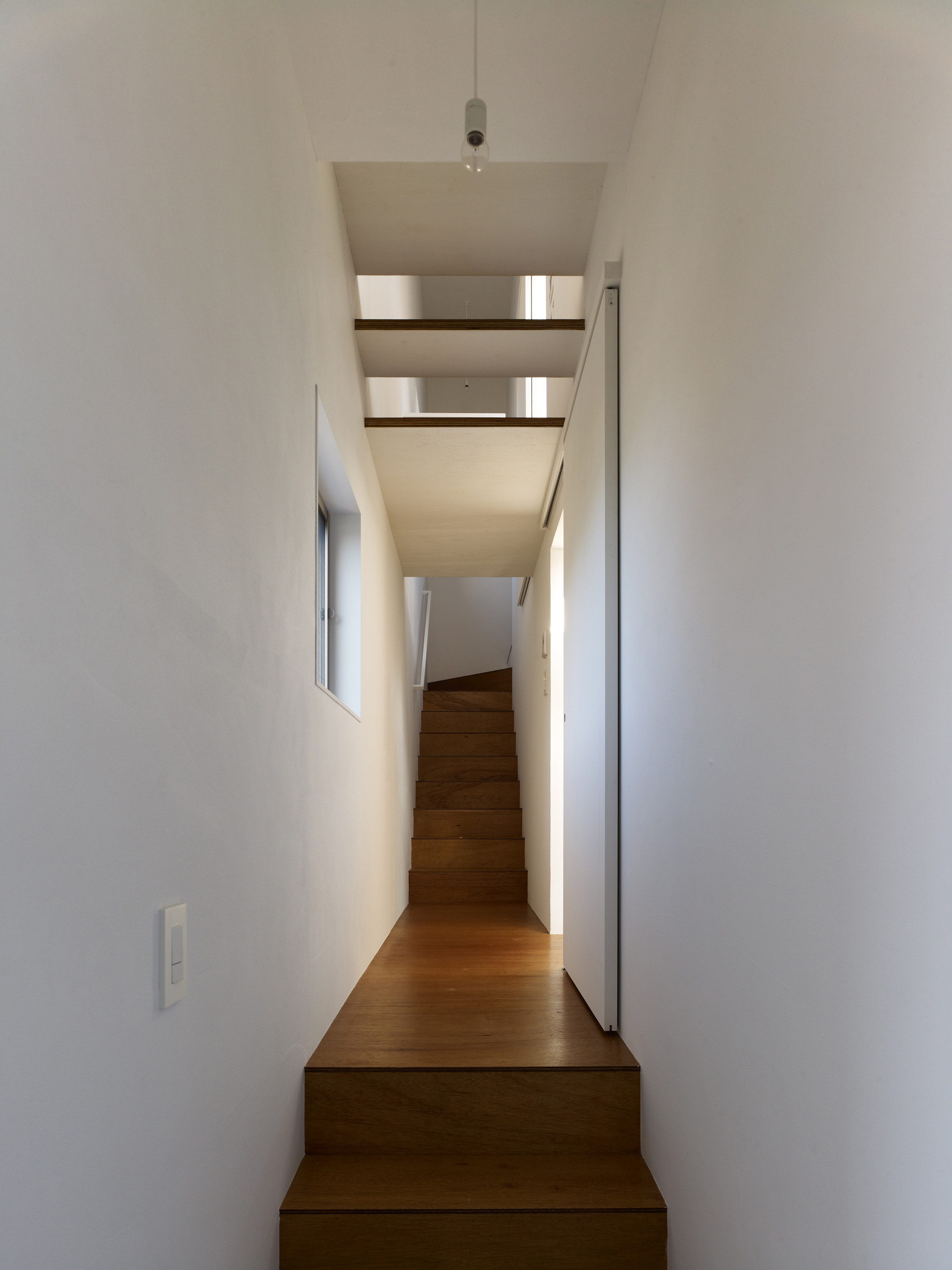 Gallery of amida house kochi architect 39 s studio 10 for Amida house istanbul
