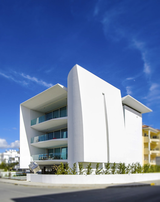 Proton / Constantinos Kalisperas Architectural Studio, Courtesy of CKAS
