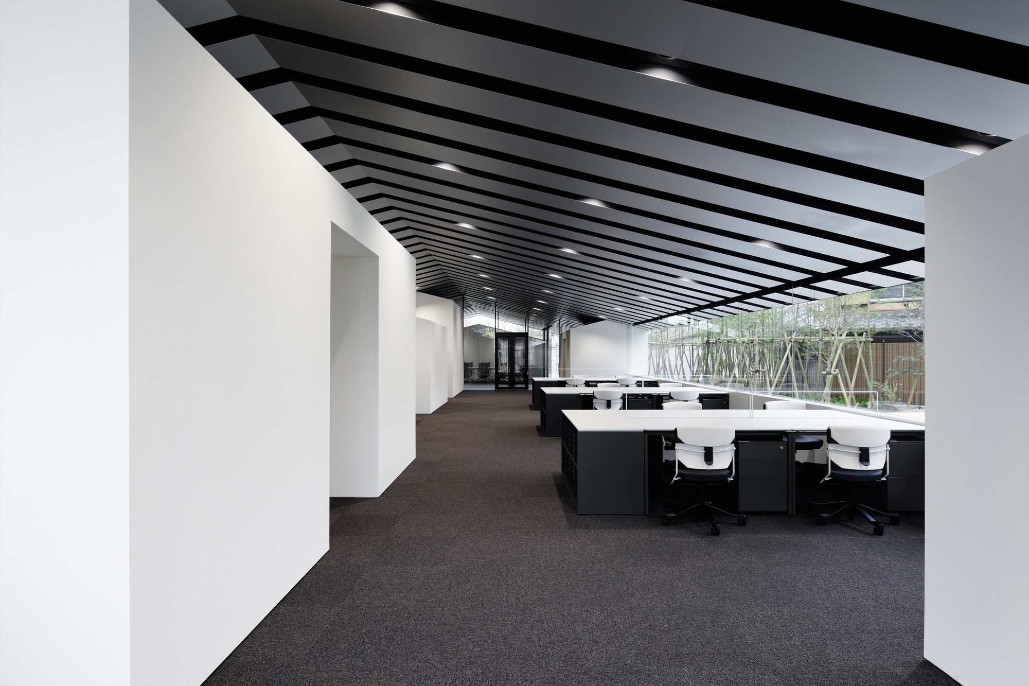 Gallery of office in forest sugawaradaisuke 7 for Oficinas industriales modernas