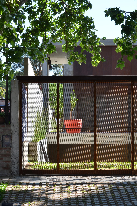 House In Villa Belgrano / FKB Arquitectos