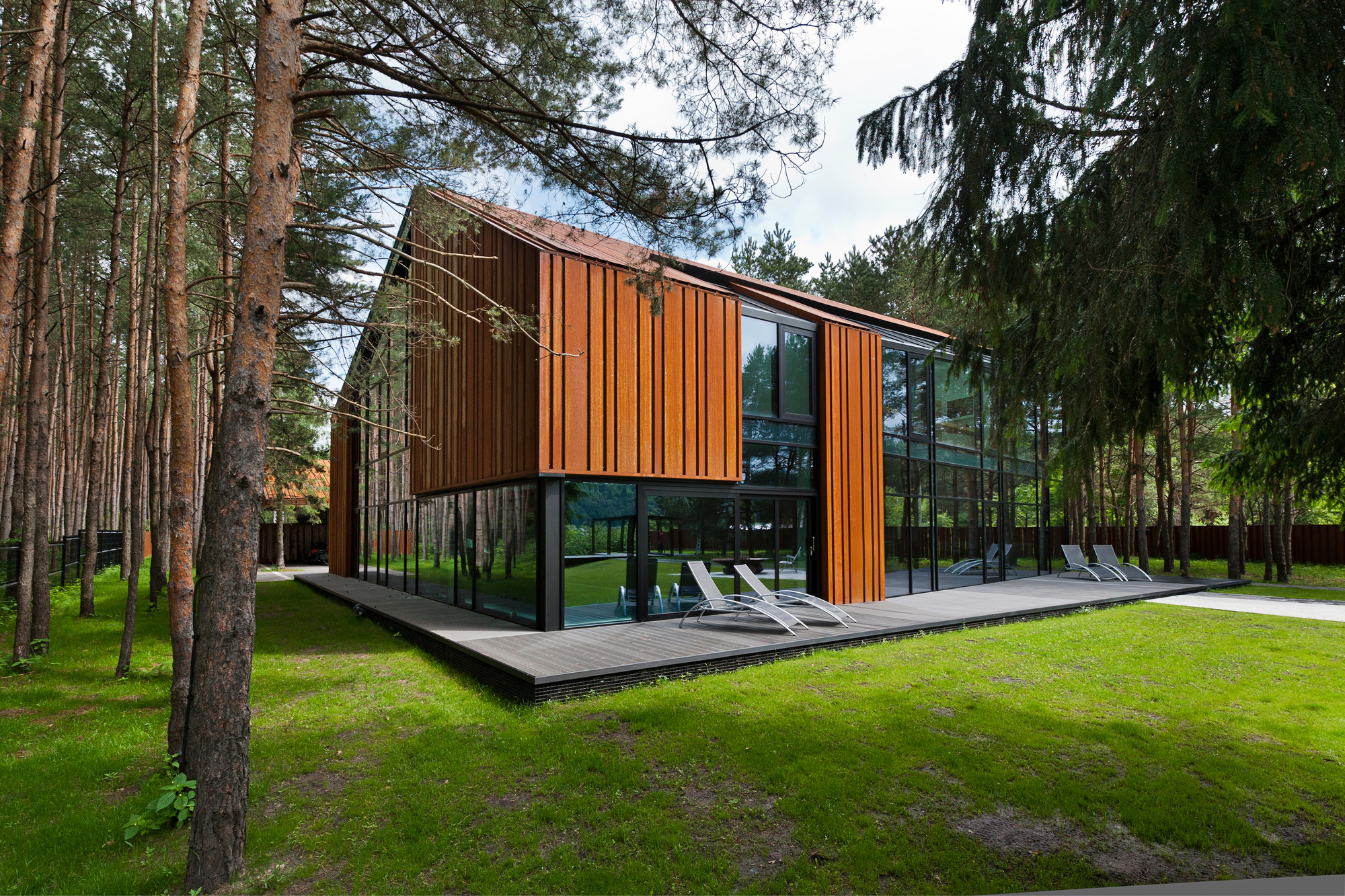 An Autograph Among The Pine Trees ARCHISPEKTRAS ArchDaily