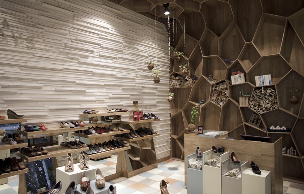 Galería de Tiendas Tamara Brazdys / Plasma Diseño - 3