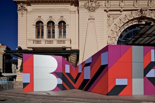 Instalación de Acceso de la XVIII Bienal de Arquitectura / BG Arquitectos + Nicolás Arellano R.