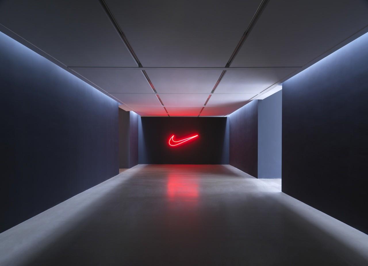 01 Beijing Nike Womens Collection Hi Res Original