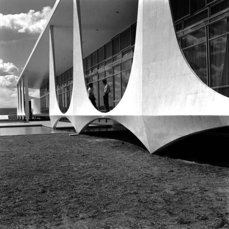 A Arquitetura depois de Oscar Niemeyer / Igor Fracalossi, © Marcel Gautherot