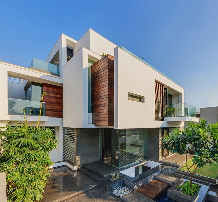The Overhang House / DADA & Partners, © Ranjan Sharma