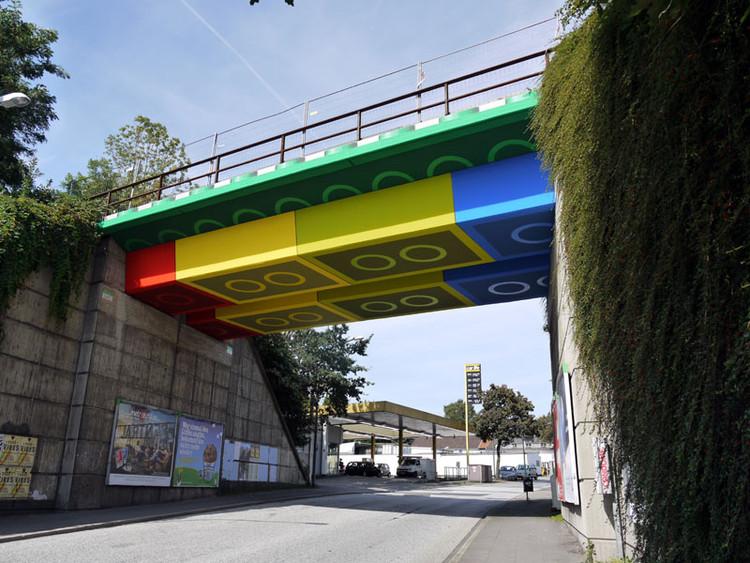 Imagina uma ponte gigante de LEGO?, © Plataforma Arquitectura