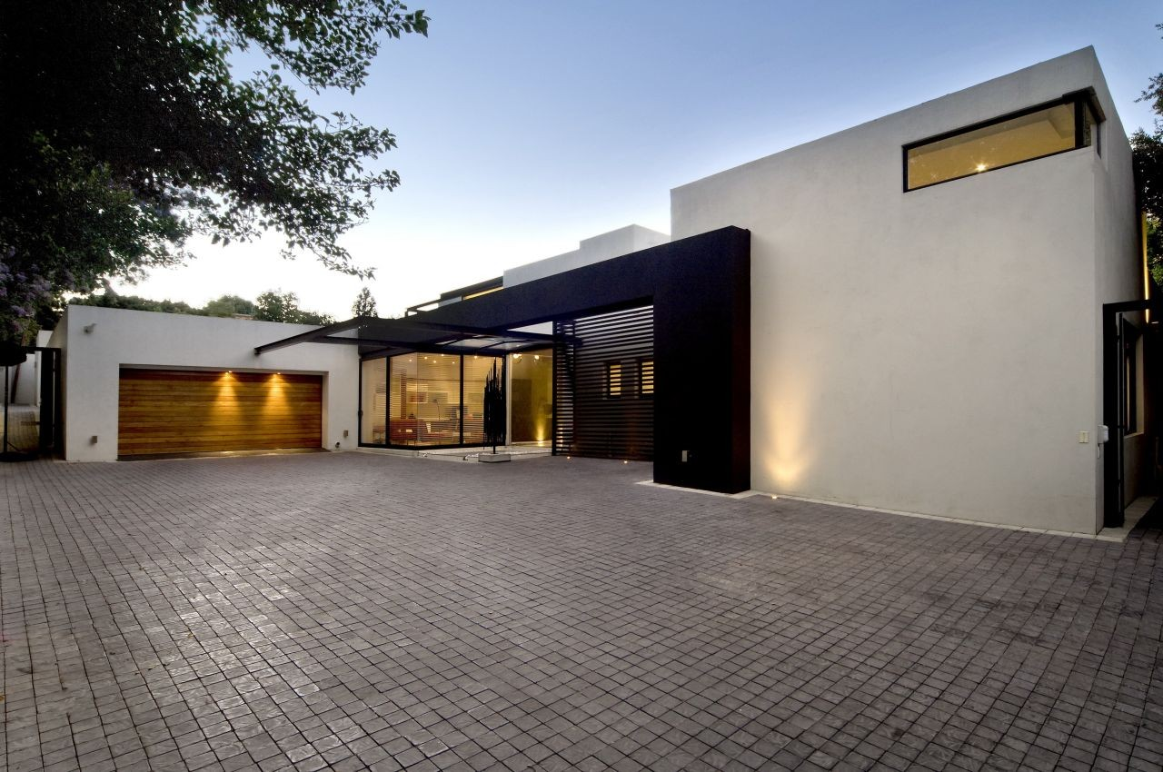 Change Front Elevation Of House : House mosi nico van der meulen architects archdaily