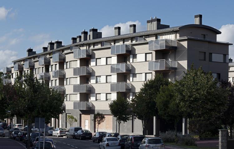 Edificio de Viviendas Gorliz / IA+B, © Aitor Ortiz
