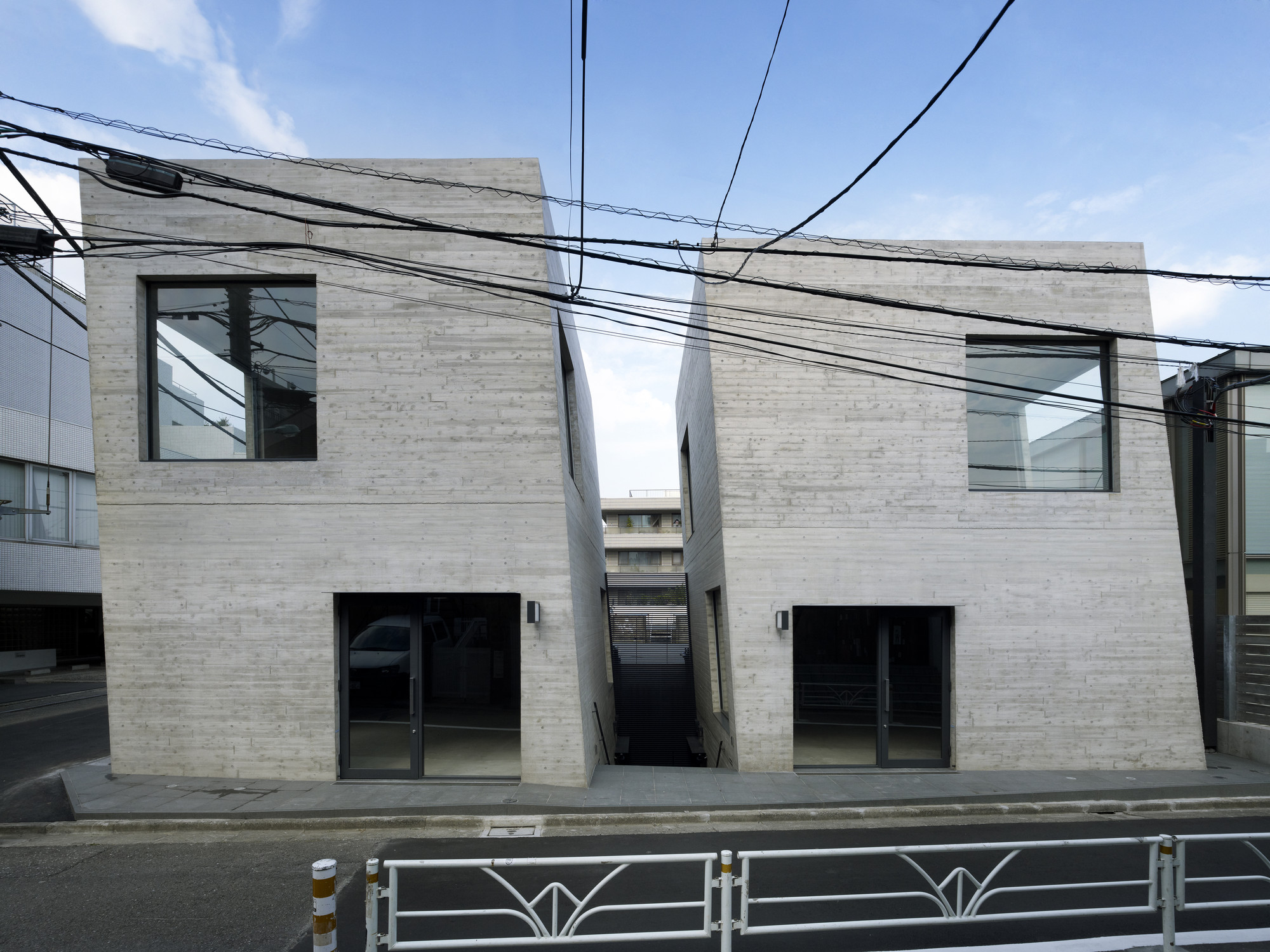 T2 retail shop / General Design