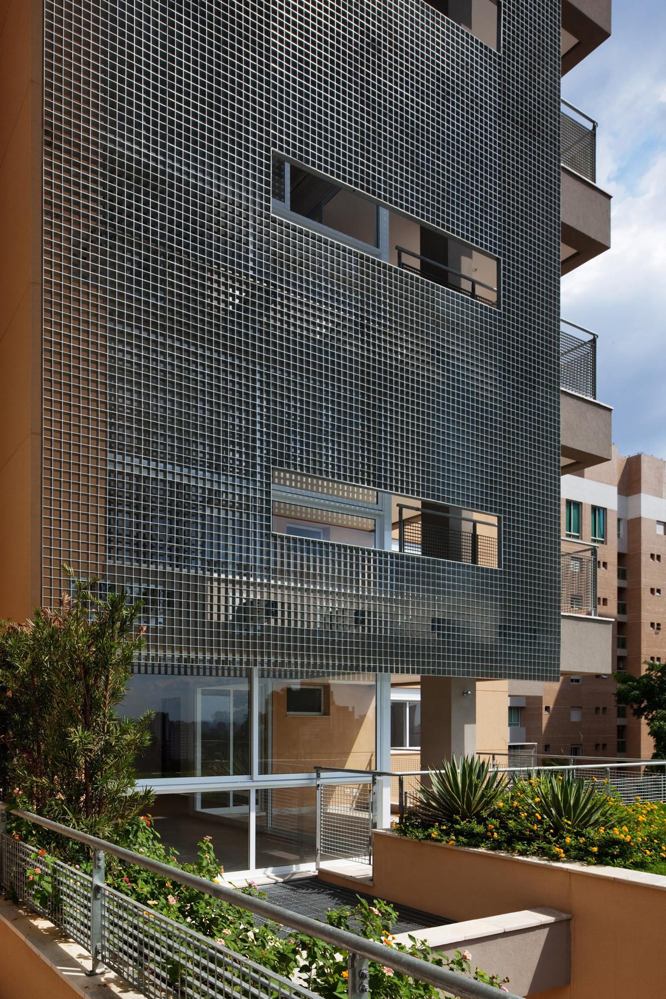 Fidalga 800 Building / Reinach Mendonça Arquitetos Associados , © Nelson Kon