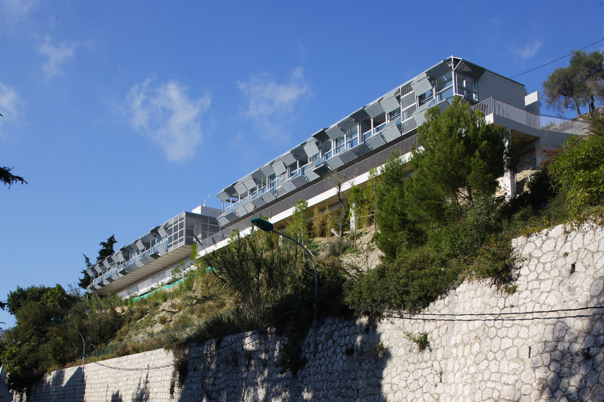 Strip Of Six Appartments In Eze Cab Architects Archdaily